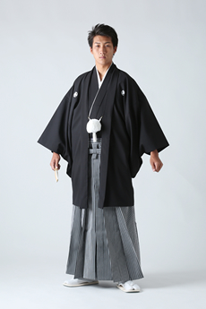 新郎紋付袴
